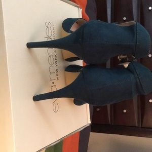 eva mendes for New York & Company Shoes - Eva Mendez 4inch pumps